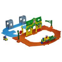 $19.99 Playskool Sesame Street Elmo Junction Train Set A41912050