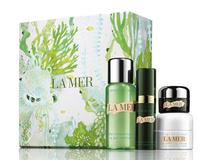 Up to a $200 Off  La Mer Purchase @ Bergdorf Goodman