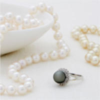 Up to 70% Off Akoya, South Sea, & Tahitian Pear Jewelry on Sale @ Rue La La
