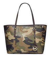 Up to 40% Off  MICHAEL Michael Kors Duffle Handbags, Wallets & Apparel on Sale @ Nordstrom