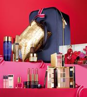 $59.50 Blockbuster Limited Edition Color Portfolio (over $300 value) with any Fragrance purchase @ Estee Lauder